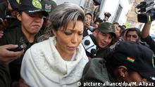 11.05.2016 *** Gabriela Zapata, former partner of Bolivian President Evo Morales, leaves a court hearing at the Institute of Forensic Investigation of the Public Arrotney's Office in La Paz, Bolivia, 11 May 2016. Zapata is being investigated for alleged economic crimes along with former public worker of the Presidency Ministry Cristina Choque accused of facilitating Zapata the entrance at the institution. EFE/Martin Alipaz | © picture-alliance/dpa/M. Alipaz