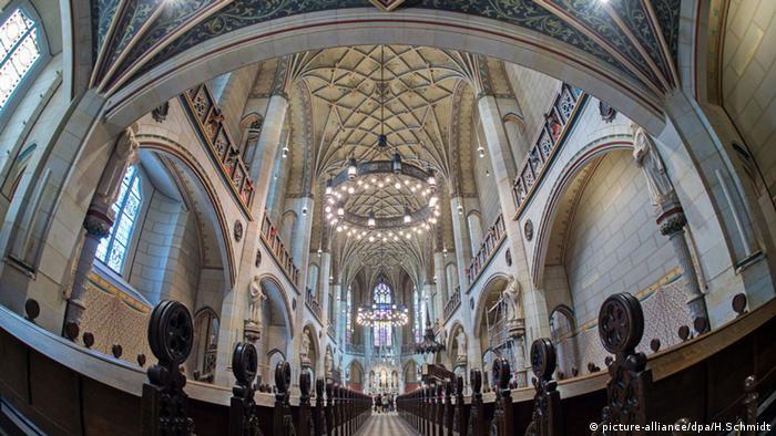 Deutschland Schlosskirche in Wittenberg (picture-alliance/dpa/H.Schmidt)