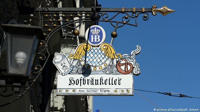 Deutschland Hofbräukeller in München (picture-alliance/dpa/A. Gebert)