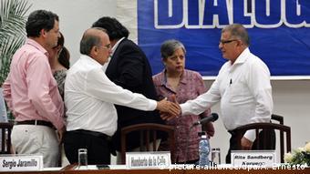 Representantes do governo colombiano e das Farc negociaram em Havana (foto de maio de 2015)