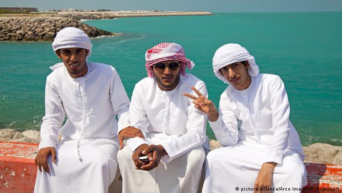 UAE give fashion advice after Ohio cops detain Arab in traditional garb
