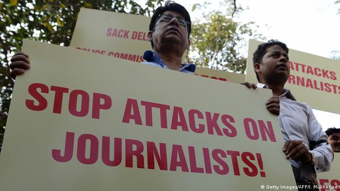 Indien Protest gegen Morde an Journalisten (Getty Images/AFP/I. Mukherjee)
