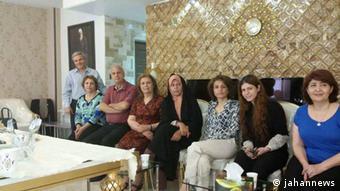 انتشار این تصویر از دیدار فائزه هاشمی با فریبا کمالآبادی با واکنش شدید اصولگرایان روبهرو شد
