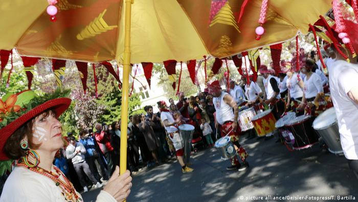 Karneval der Kulturen 2016 in Berlin Copyright: picture alliance/Geisler-Fotopress/T. Bartilla