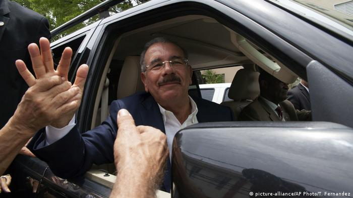 Dominikanische Republik Wahlen Danilo Medina (picture-alliance/AP Photo/T. Fernandez)