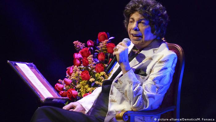 Brasilien Rio de Janeiro Cauby Peixoto tritt im Rival Theater auf