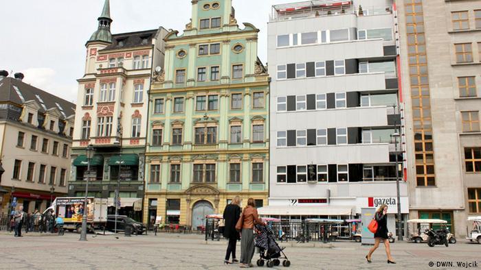 Polen Breslau Bauhaus Architektur Mohrenapotheke von Adolf Radig (DW/N. Wojcik)