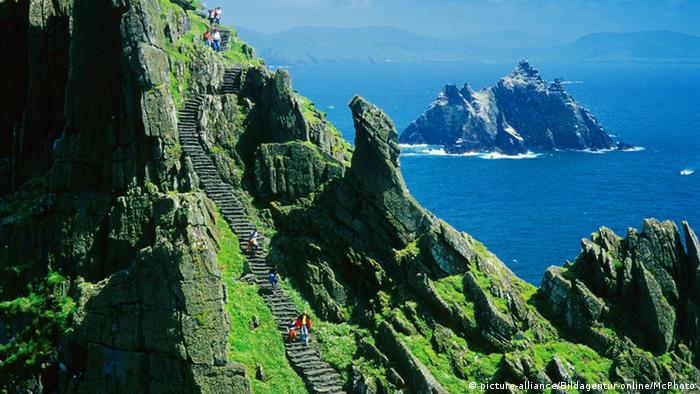 Stairway at Skellig Michael closter (picture-alliance/Bildagentur-online/McPhoto)