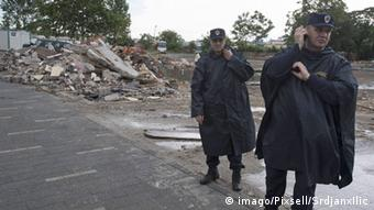 Police in the Savamala district imago/Pixsell/SrdjanxIlic