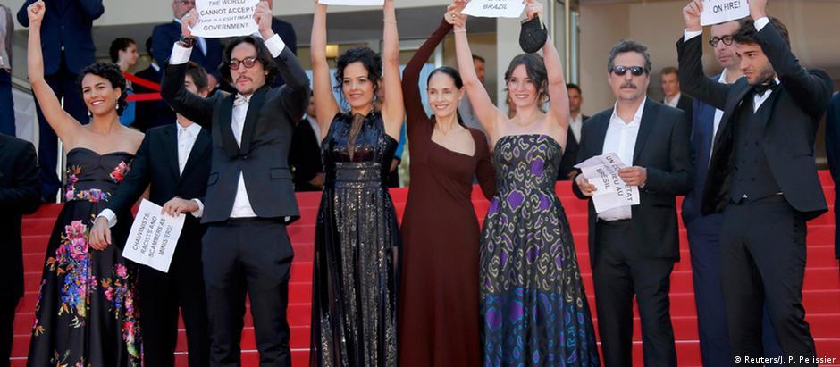 Por polêmica envolvendo o protesto contra o impeachment de Dilma Roussef, o filme