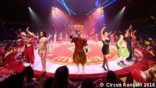 Circus Roncalli Aufmarsch der Artisen