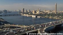 Africa, Egypt, aerial view of the capital Cairo and the Nile | Verwendung weltweit, (c) picture-alliance/Bildagentur-online