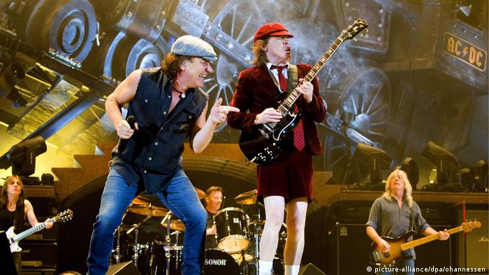 AC/DC-live on stage, Copyright: picture-alliance/dpa/ohanessen