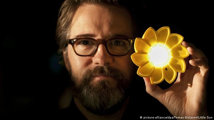 Olafur Eliasson Little Sun Project (picture-alliance/dpa/Tomas Gislason/Little Sun)