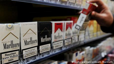 Deutschland Zigarettenschachteln mit Warnhinweis