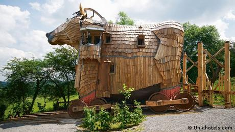 A hotel shaped like a Trojan horse (Uniqhotels.com)
