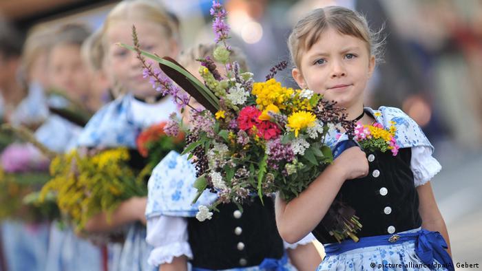 Торжественное шествие в баварской общине Кохель-ам-Зе