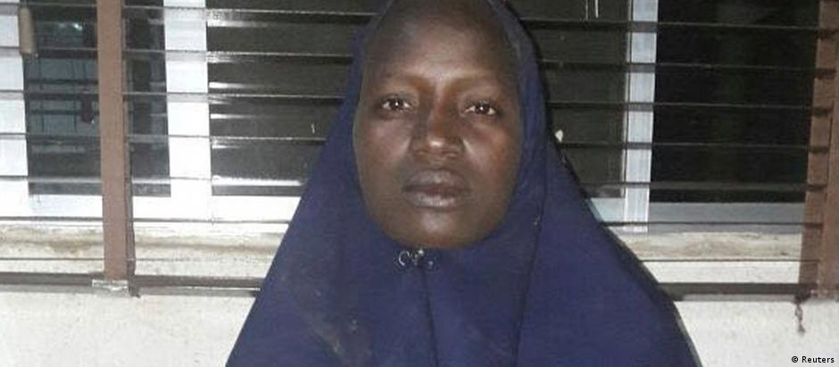 Imagem da menina libertada que foi divulgada pelo nigeriano Exército