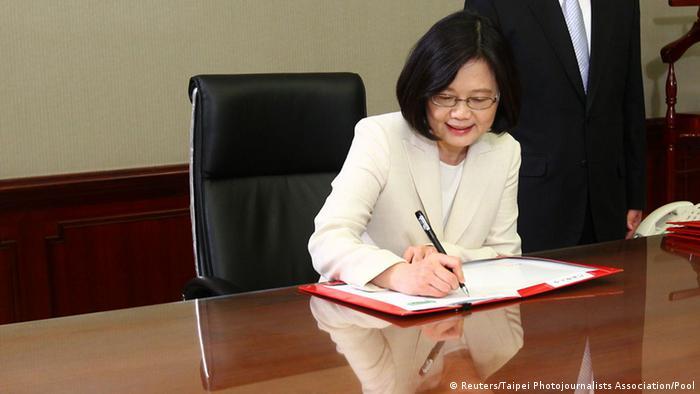 Taiwan Tsai Ing-wen wird als Präsidentin vereidigt