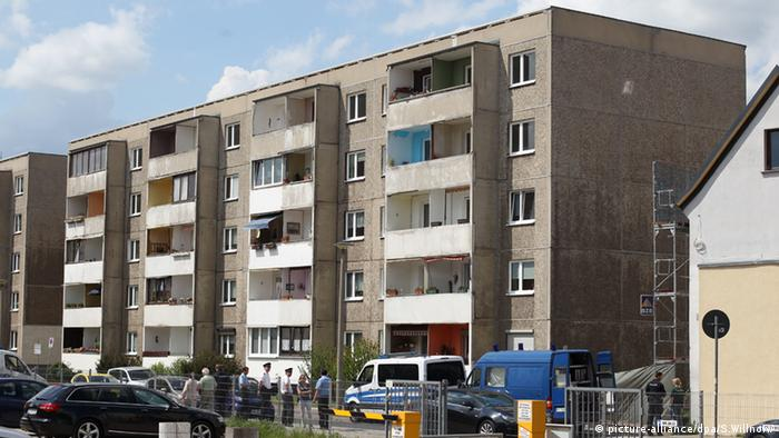 Communist-era apartment building in Dessau (Photo: picture-alliance/dpa/S.Willnow)
