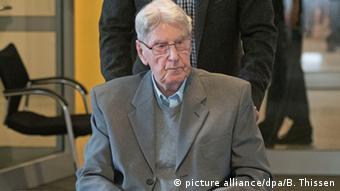 Reinhold Hanning, ex-guarda de Auschwitz