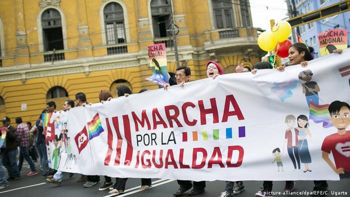 Peru Demonstration für Gleichberechtigung in Lima
