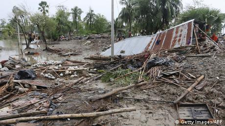Bangladesch Zyklon Roanu (Getty Images/AFP)