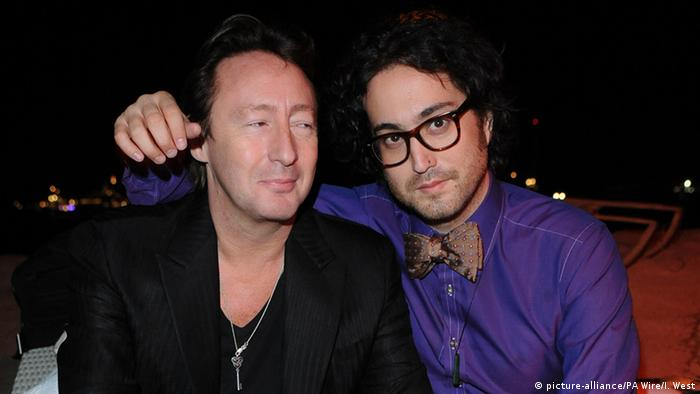 Julian Lennon (left) and Sean Lennon (picture-alliance/PA Wire/I. West)