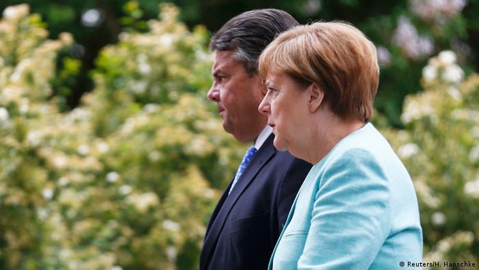 Deutschland Kabinettsklausur Meseberg Sigmar Gabriel und Angela Merkel