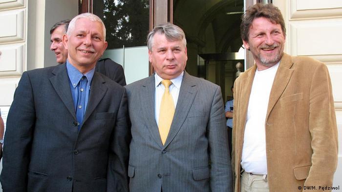 Ludwig Mehlhorn (l.) z Bogdanem Borusewiczem i Zbigniewem Janasem (p)