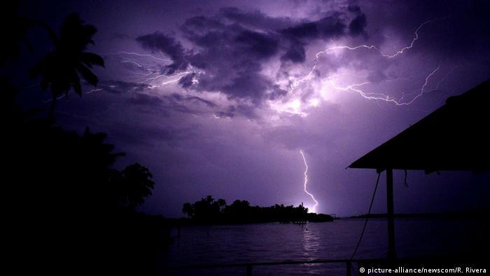 Tormenta sobre El Catatumbo, y sus habitantes.
