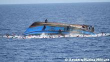 Mittelmeer Libyen Flüchtlingsboot Rettungsaktion