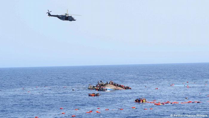 نتيجة بحث الصور عن انقاذ مهاجرين في ليبيا