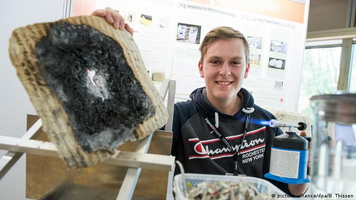 Deutschland Jugend forscht 2016 Janno Schade aus Kassel