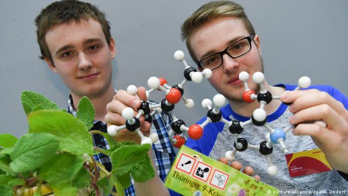 Deutschland Jugend forscht 2016 Robert Cieslinski und Lukas Helfrich