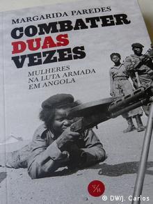 Bucchover Zweimal kämpfen - Frauen in Unabhängigkeitskrieg Angolas