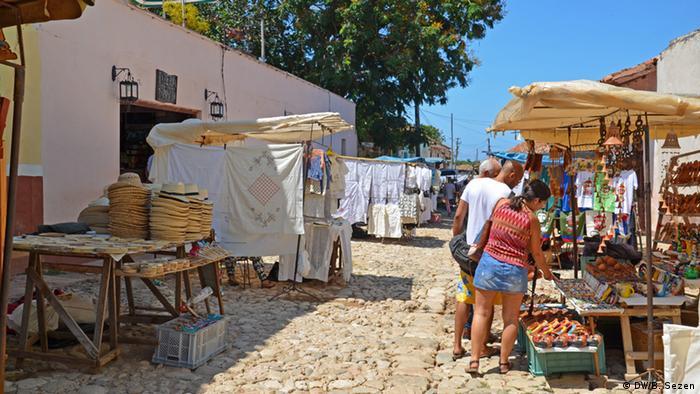 Kuba Trinidad Verkaufsstände auf der Straße