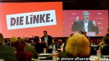 28.05.2016 *** Der Vorsitzende der Partei Die Linke, Bernd Riexinger, spricht auf am 28.05.2016 auf dem Bundesparteitag der Partei Die Linke in Magdeburg (Sachsen-Anhalt). Auf dem zweitägigen Parteitag will die Linke ihren weiteren Kurs abstecken. Foto: Peter Endig/dpa Copyright: picture-alliance/dpa/P. Endig