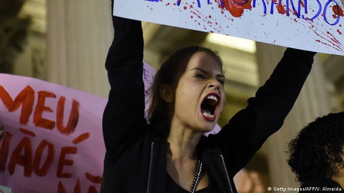 Brasilien Proteste in Rio de Janeiro nach Gruppenvergewaltigung