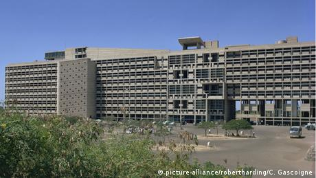 Indien Chandigarh Secretariat Building von Le Corbusier (Foto: picture-alliance/robertharding/C. Gascoigne)