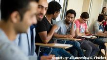 Pauken für die Uni-Zulassung: 30 Geflüchtete im Vorbereitungskurs der FU Berlin