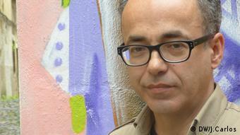 José Fernando ist ein portugiesischer Freund von Nuno Dala Schirftsteller