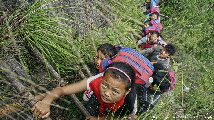 China Gefährliche Schulwege