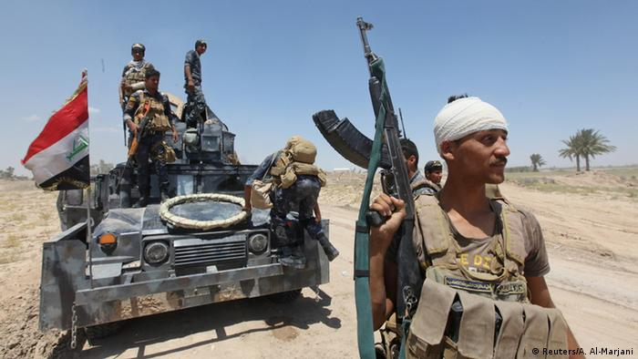 Iraqi troops advance on Fallujah