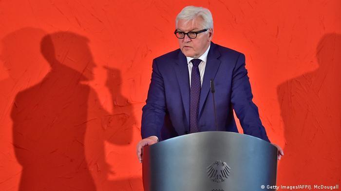 Deutschland Berlin Frank-Walter Steinmeier vor VAP