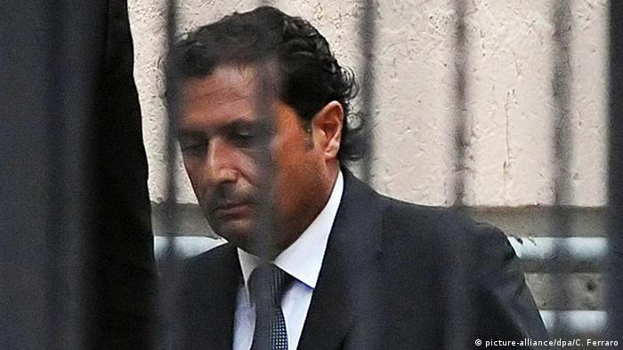 El Tribunal Supremo italiano revisa desde hoy la condena a 16 años y un mes al capitán del crucero Costa Concordia, Francesco Schettino, cuyo barco naufragó en enero de 2012 en Italia y en el que murieron 32 personas. (20.04.2017)