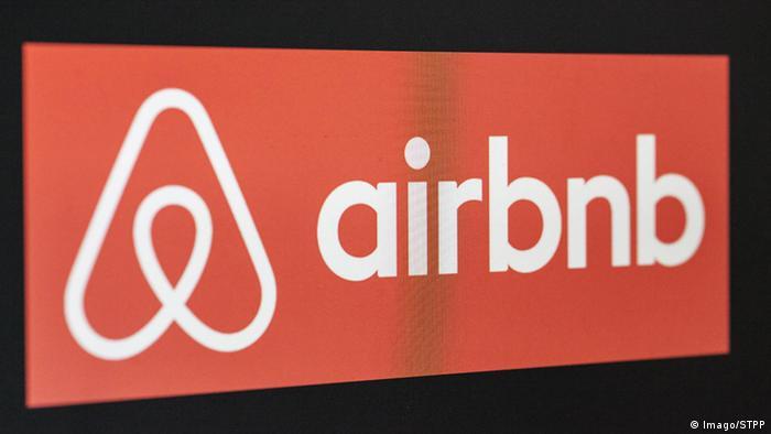 Airbnb Logo (Imago/STPP)