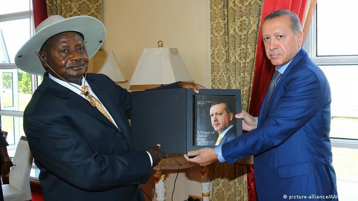 Uganda Kampala Yoweri Museveni und Erdogan