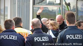 Депортация беженцев в аэропорту Лейпцига