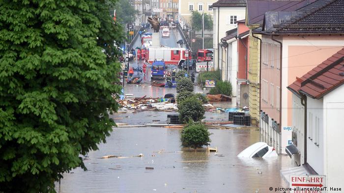 Überflutung in Simbach (Foto: dpa)